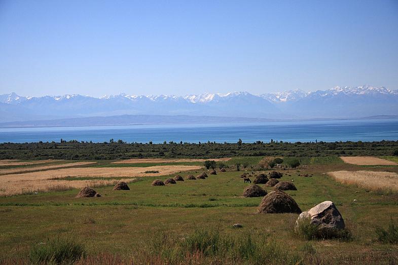 シルクロードの真珠イシククル湖
